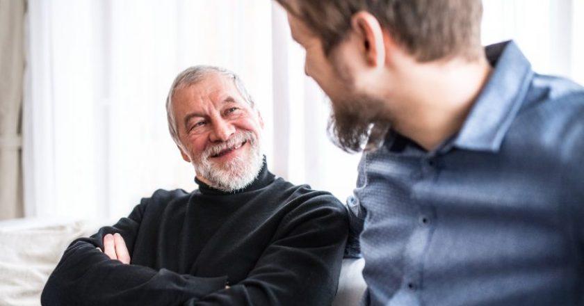 pais idosos requer cuidados e solidariedade