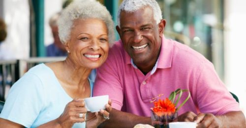idosos sorrindo