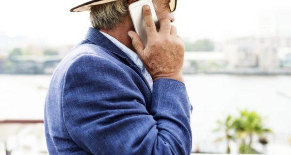melhor celular para idosos
