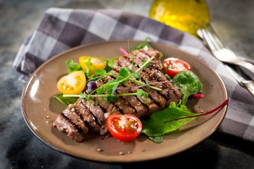 carne vermelha gordurosa faz mal aos idosos