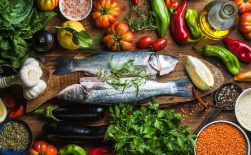 os benefícios do peixe na alimentação dos idosos