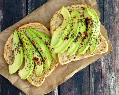 o abacate para os idosos é um importante alimento