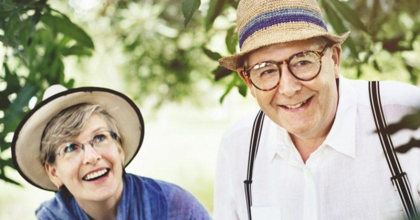 Não basta ser idoso
