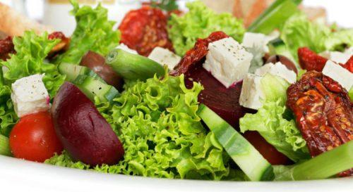 saladas para idosos