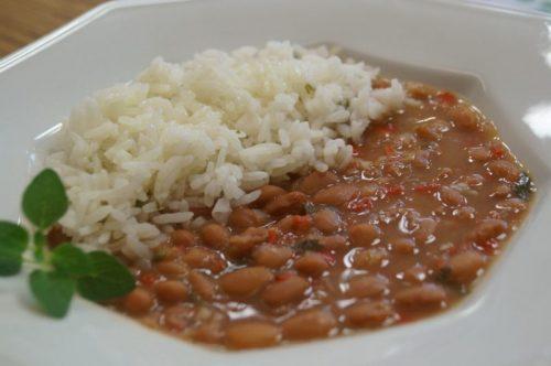 arroz com feijão para os idosos