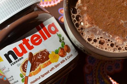 chocolate quente para os idosos