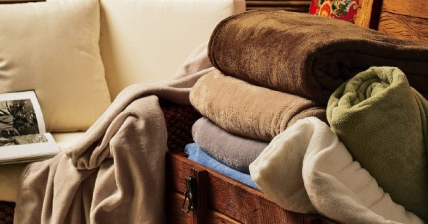 cobertor, edredon, cama para idosos