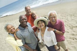 idosos viajam em grupo