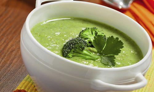 sopa verde para idosos
