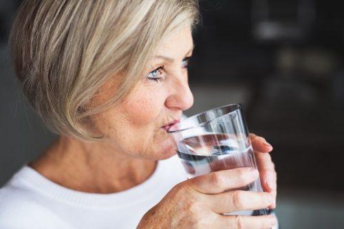 desidratação no idoso ocorre o ano todo