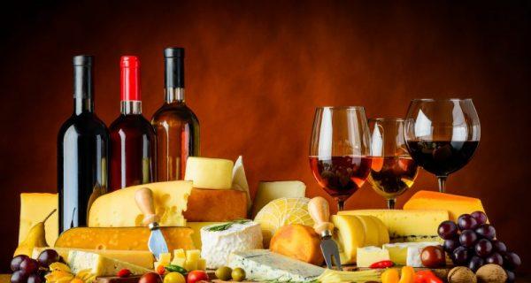 O par perfeito: queijo e vinho