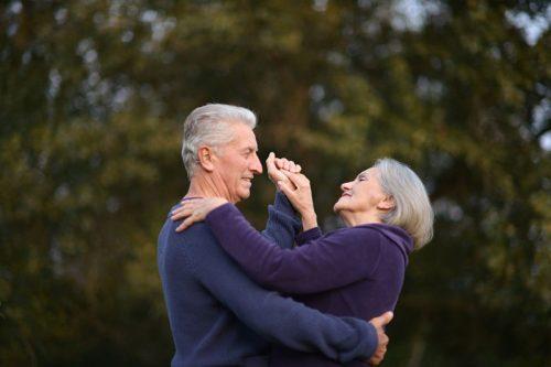 Dançar, um esporte a ser praticado pelos idosos