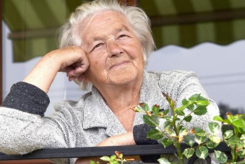 idoso quer morar sozinho