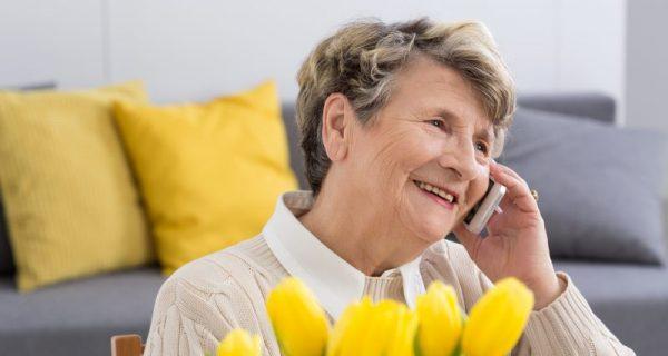 idosos morando sozinhos