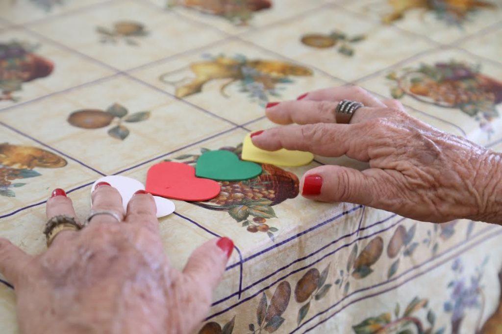 artesanato é importante para os idosos