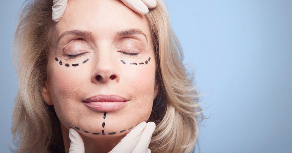 Os cuidados que os idosos devem tomar quando da realização de uma cirurgia plástica