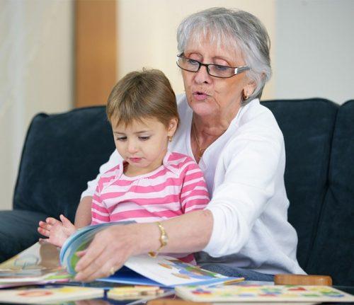 Criar o hábito da leitura nos netos