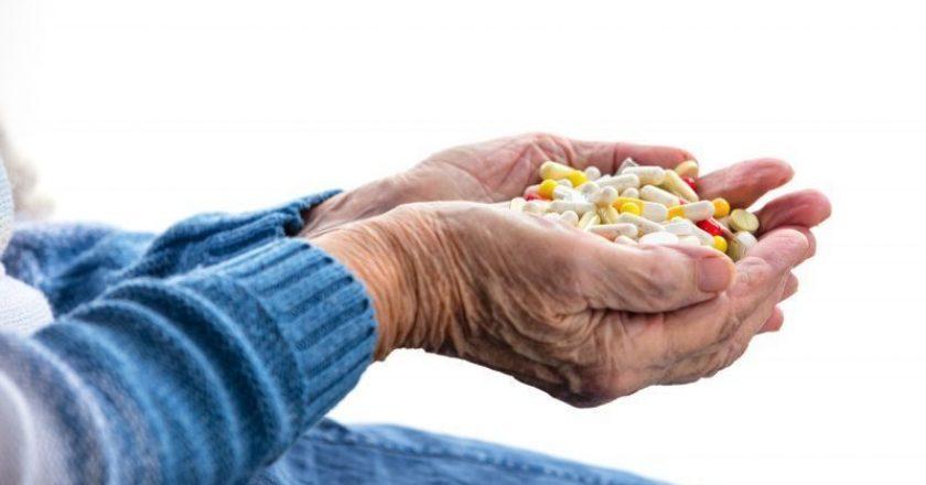 idosos cuidados com os anti-inflamatórios