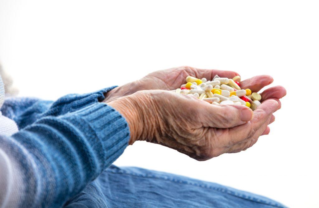 Reposição de vitaminas para idosos