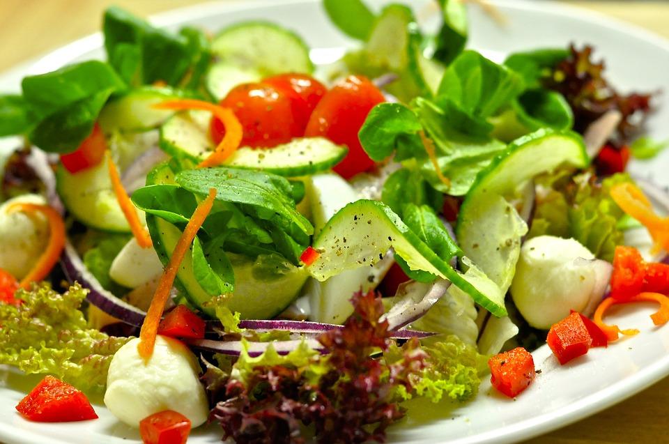 saladas para idosos variar nas refeições