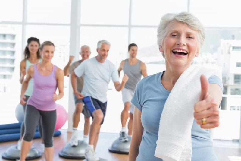 Se manter ativo é a solução para os idosos para atingir a longevidade