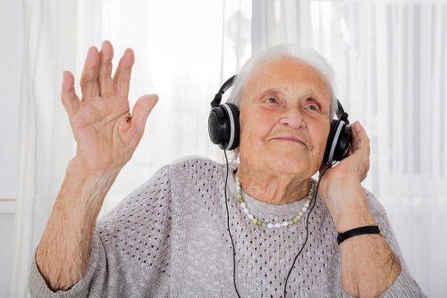 https://www.avovo.com.br/transtornos-da-ansiedade-em-idosos/