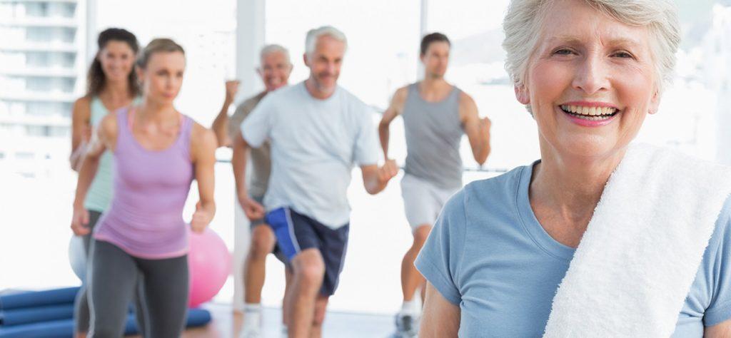 Se manter ativo é a solução para idoso para a longevidade