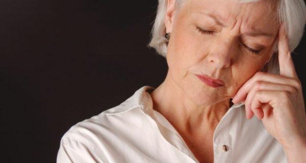 idosos dormem menos