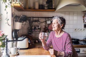 O equilíbrio hormonal antes e depois da menopausa
