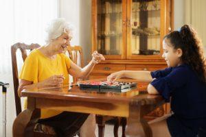 Avós e netos, relação de amor, conhecimento e sabedoria