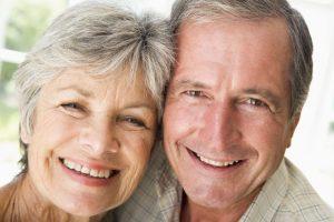 Estudo ainda revela que mais de 50% dos idosos apresentam alguma perda dental e apenas 2% têm todos os dentes saudáveis