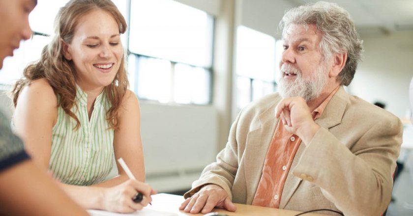 profissões no mercado de trabalho que associam a terceira idade