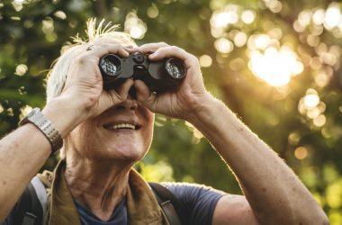idosos viajando sozinhos ou em grupo - os cuidados