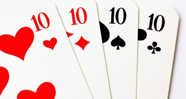 Jogar cartas e baralho sozinho