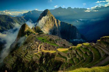Viajar em grupo na terceira idade AVôVó no Peru