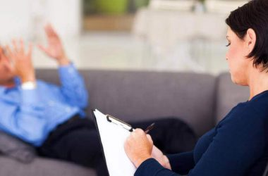 como um psicólogo pode ajudar um idoso