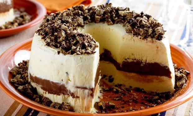 bolo de sorvete de brigadeiro