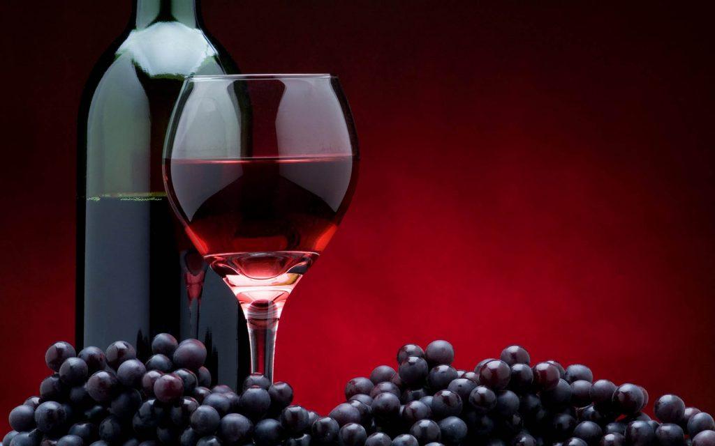 1 taça de vinho por dia idosos