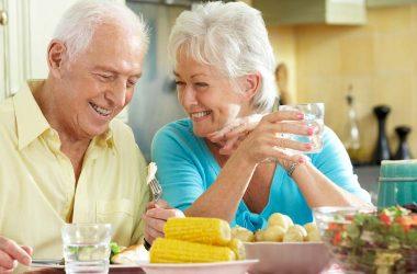 necessidade de vitamina c diariamente para idosos