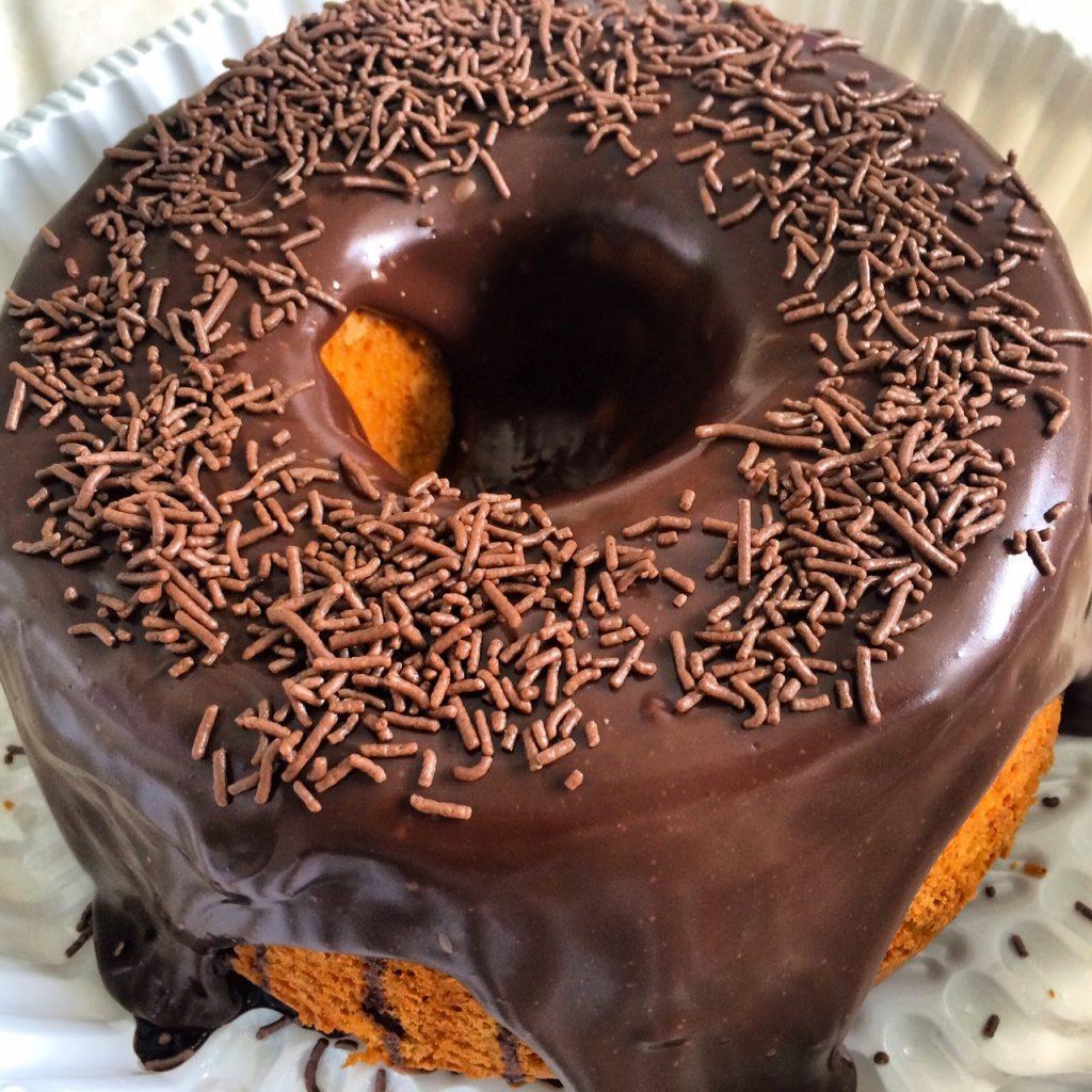 bolo de cenoura com cobertura de brigadeiro