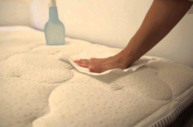 como lavar o colchão dos idosos