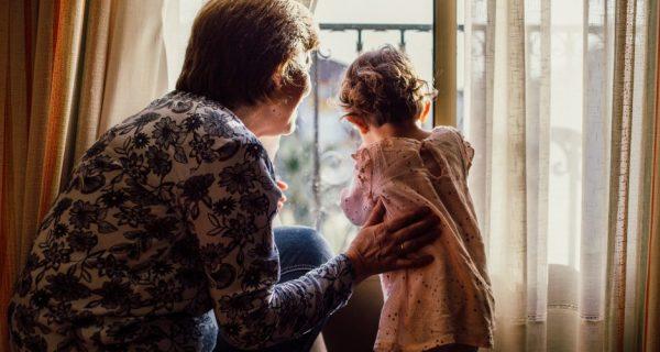 Coisas que só as avós fazem que enlouquecem a mãe