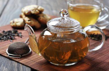 chá de cravo-da-índia para terceira idade