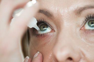 limpar os olhos corretamente na terceira idade