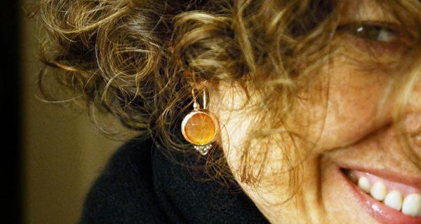 descolorindo os cabelos na terceira idade com água oxigenada