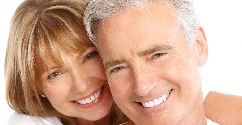 clareamento dental na terceira idade