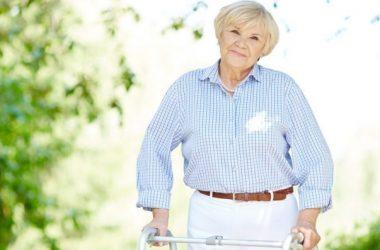 idosos que vivem em condomínios