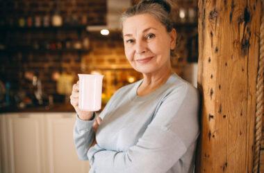 Café foto criado por karlyukav - br.freepik.com