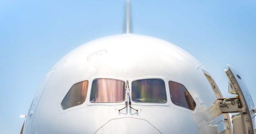 viajar de avião idosos